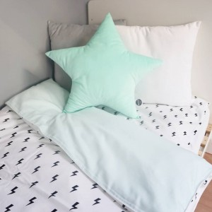 Velvet star pillow mint